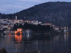 09_Cityscape-of-Kastoria-with-Kastoria-lake-during-twilight.