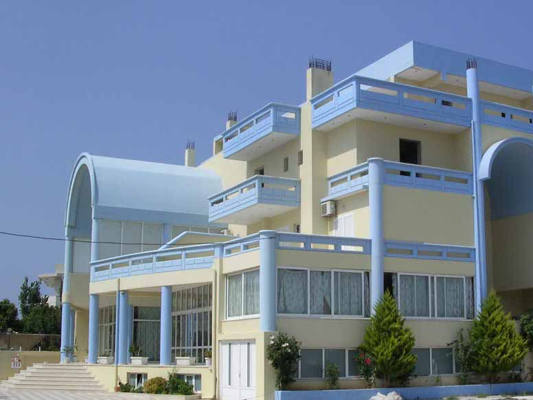 Eleni Palace Apartments