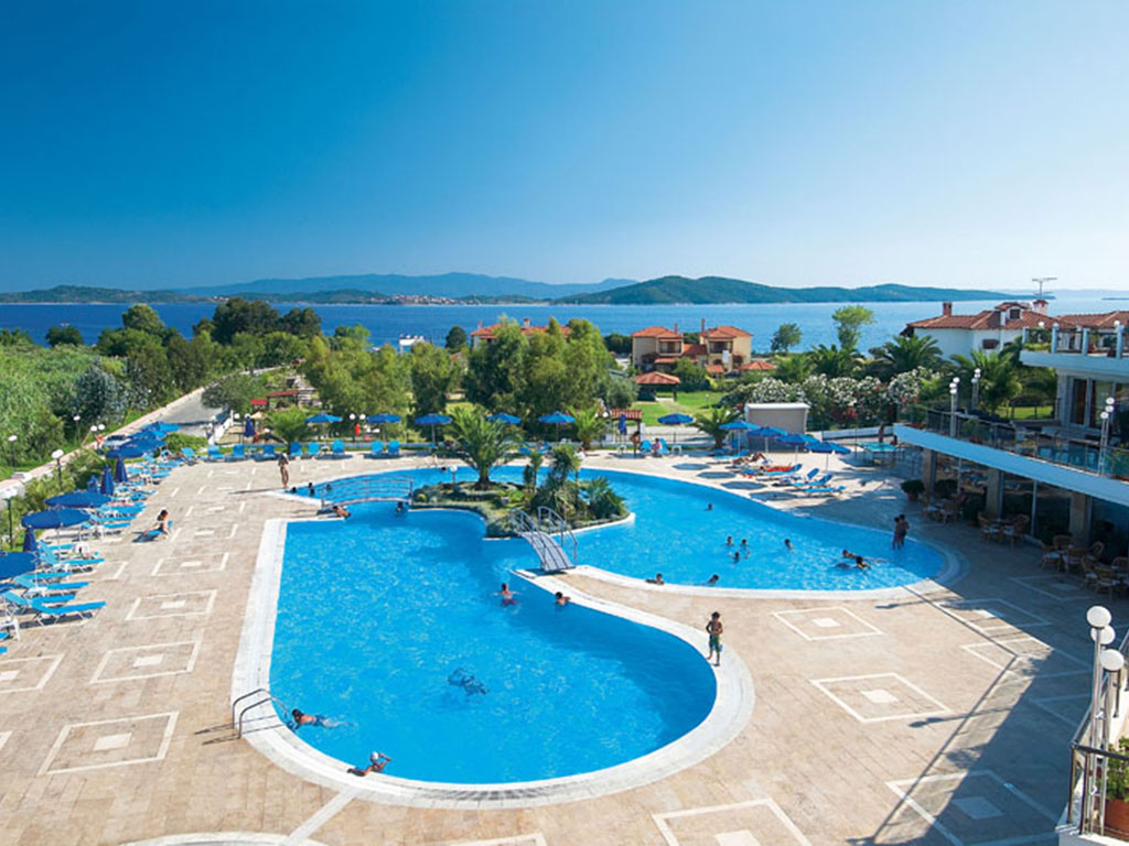 Alexandros Palace Hotel & Suites: pool-area