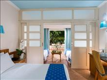 Lyttos Beach Hotel: Family Sliding Door