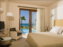 Ikaros Beach Resort & Spa: Suite Bedroom