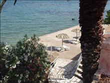 Aegli Hotel: Beach Area