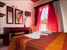 Canadian Hotel: Double Room