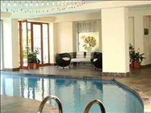Theartemis Palace Hotel: INDOOR POOL ANNEX BUILDING