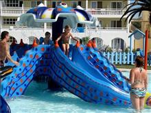 Messonghi Beach Resort: Slides
