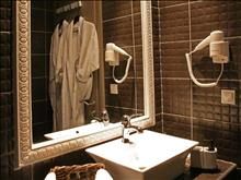 Aqua Mare Hotel : Junior Suite Bathroom