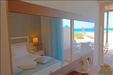 Pilot Beach Resort & Spa Hotel: Beach_Front_Suite_Bedroom