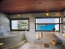Elounda Peninsula All Suite Hotel: Peninsula Collection Bathroom