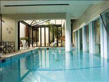Aquila Atlantis Hotel: Indoor Pool