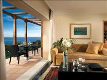 OUT OF THE BLUE, Capsis Elite Resort, Exclusive Collection : Suite Sharing Pool Living Room
