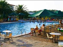 Aristoteles Beach Hotel: Swimming pool