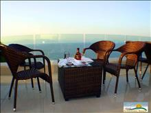 Aristoteles Beach Hotel: Terrace with sea view