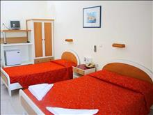 Aristoteles Beach Hotel: Standard room
