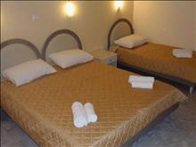 South Coast Hotel: Apartment 3 pax or Apartment 5 pax Bedroom