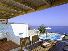 Thalassa Villas: Hermes Outdoor Patio & Dinning Room
